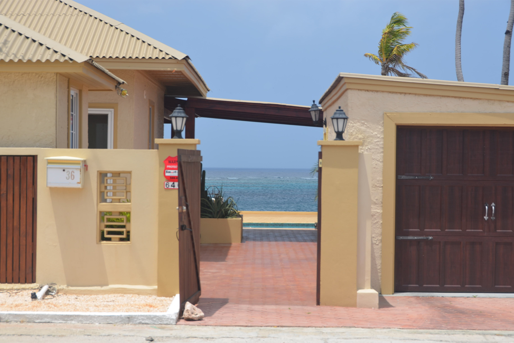 Additional photo for property listing at Aruba Beach House San Nicolas, Aruba Aruba