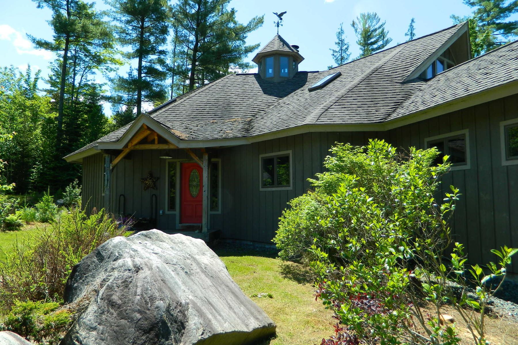 Single Family Home for Sale at 1674 Profile Road, Franconia 1674 Profile Rd Franconia, New Hampshire 03580 United States