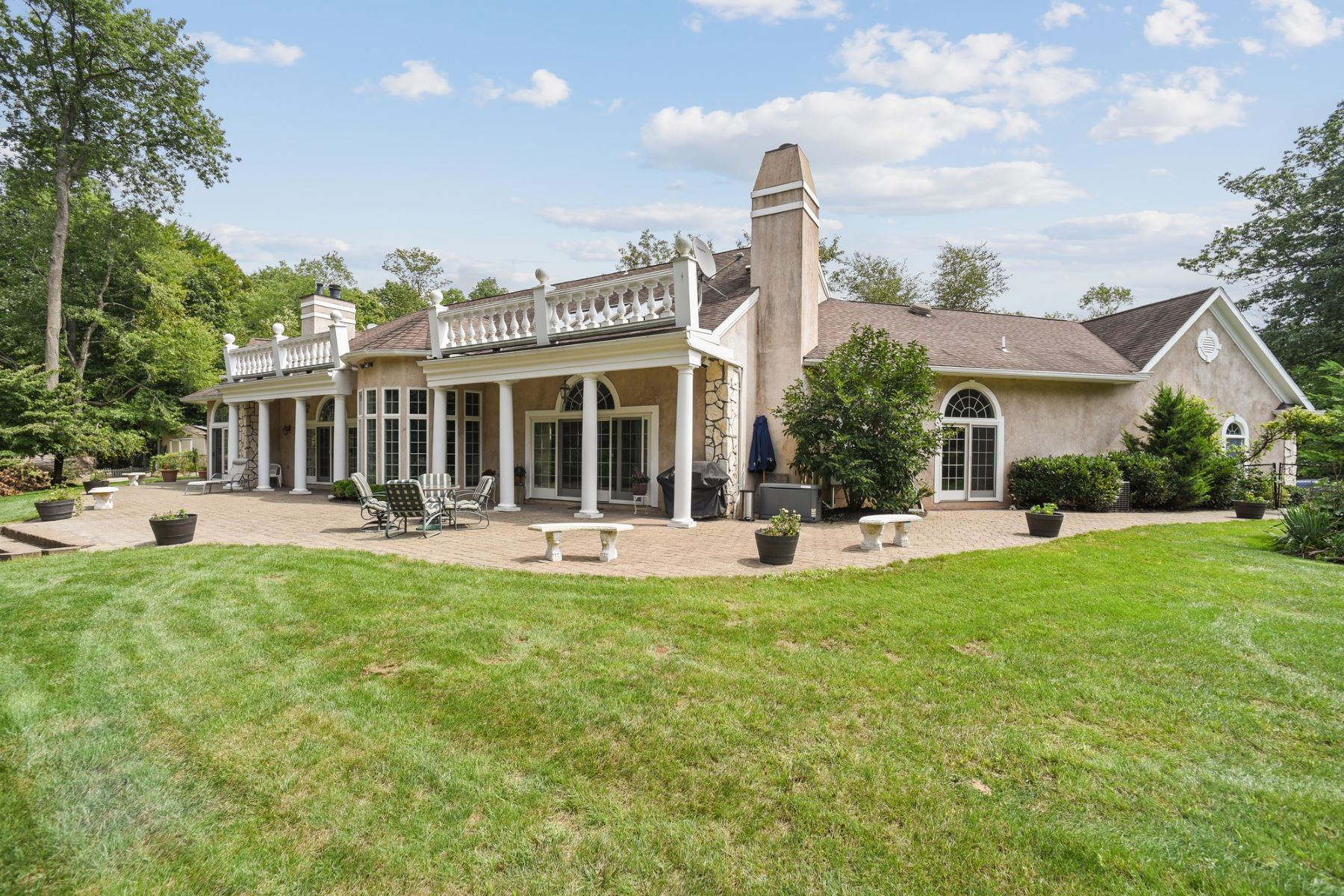 Single Family Homes for Active at Stunning, Private, Custom Chalet 129 Treadwell Avenue Chatham, New Jersey 07928 United States