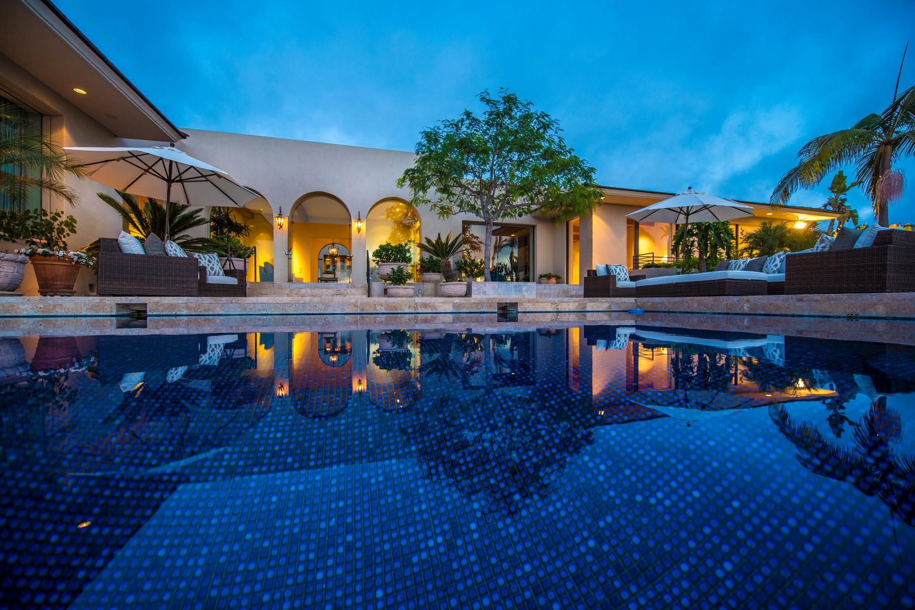 Single Family Home for Sale at 8350 Calle Del Cielo La Jolla, California, 92037 United States