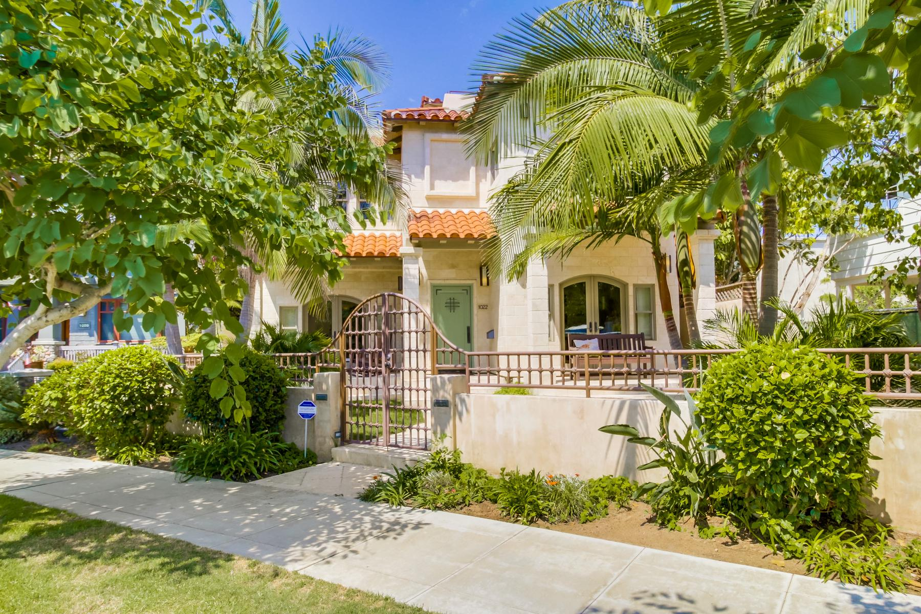 واحد منزل الأسرة للـ Sale في 1022 G Avenue Coronado, California, 92118 United States