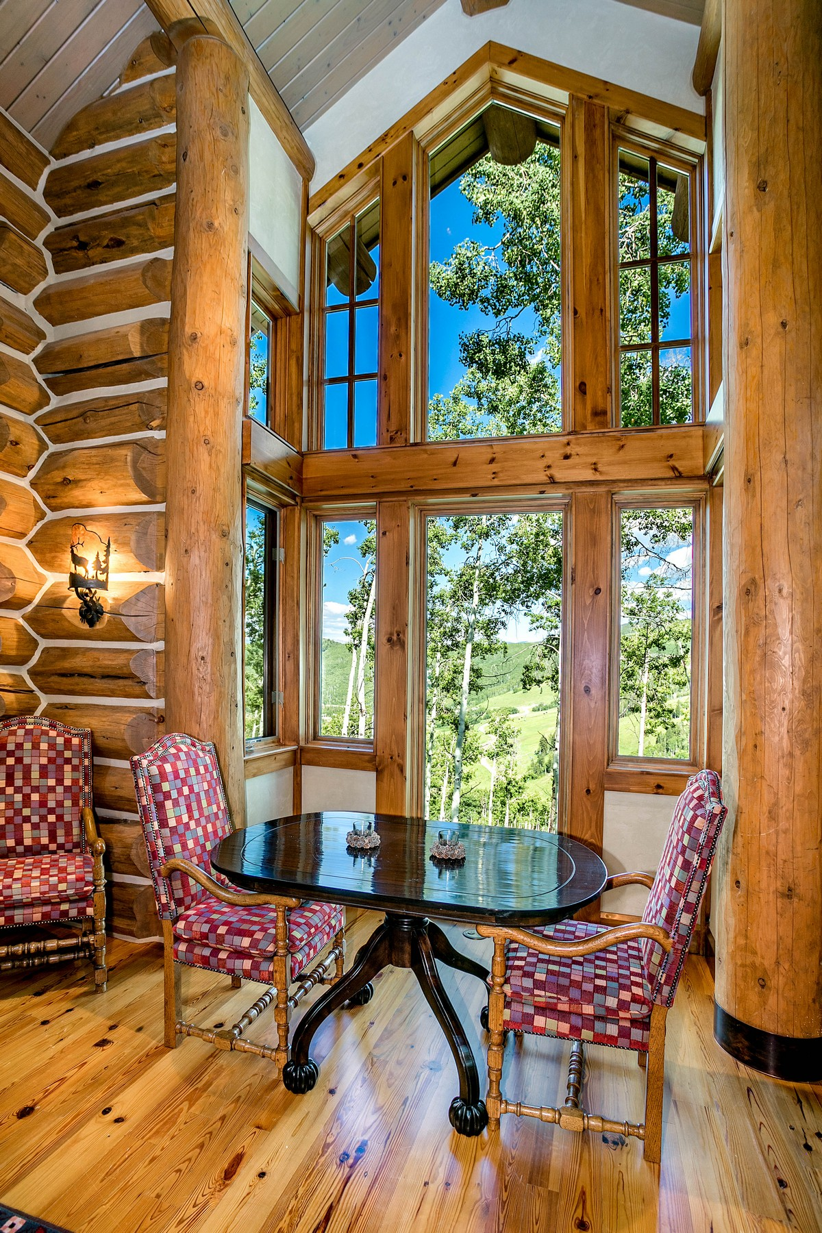 Additional photo for property listing at Architectural Log Masterpiece 246 Strawberry Park Court Beaver Creek, Colorado 81620 United States
