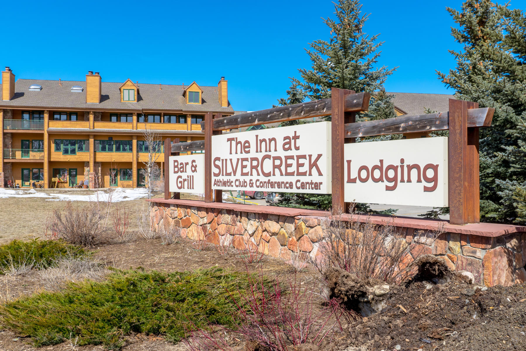 Condominiums for Sale at Start enjoying this turn-key, fully renovated and tastefully furnished getaway! 62927 US Highway 40 Unit #659 Granby, Colorado 80446 United States
