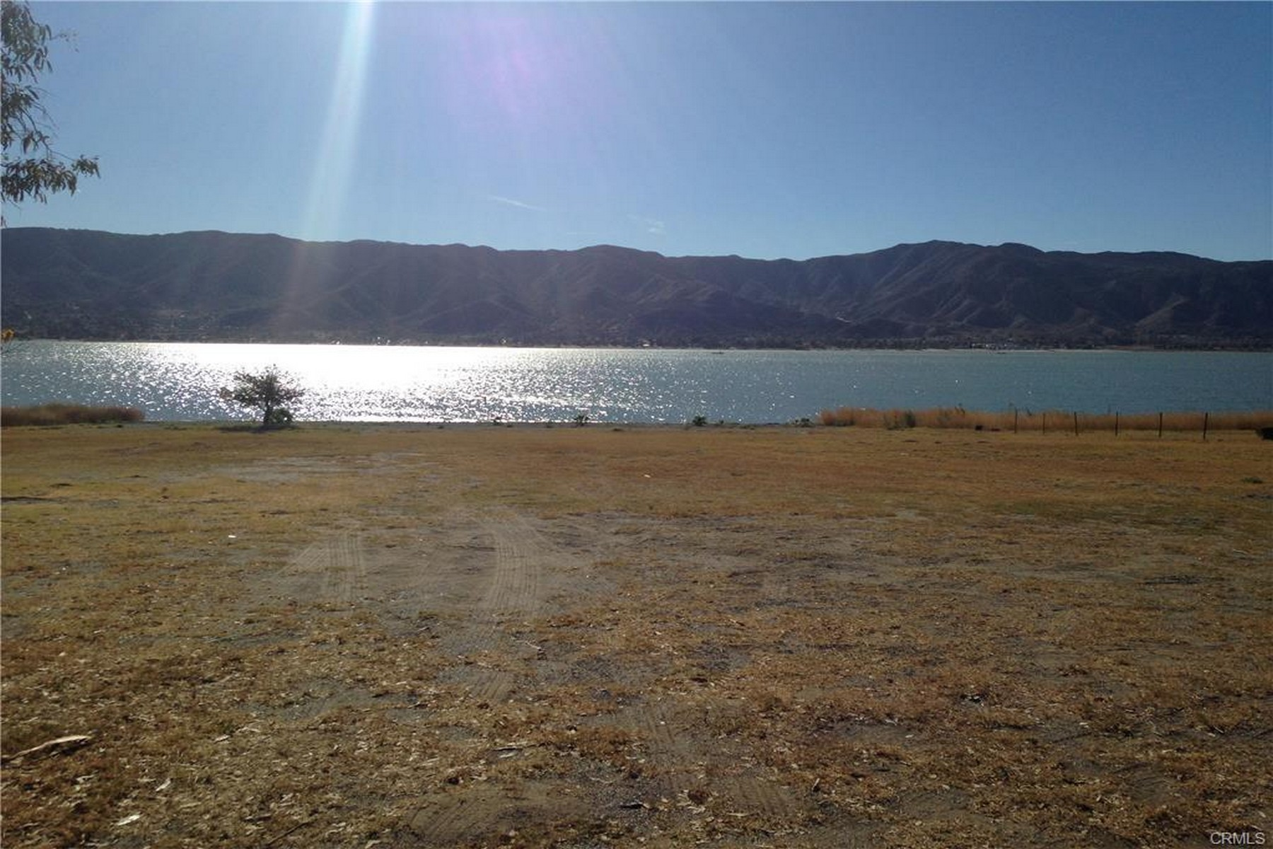 Land for Sale at 0 Lakeshore Drive 0 Lakeshore Drive Lot 1, Block 8 Lake Elsinore, California 92530 United States