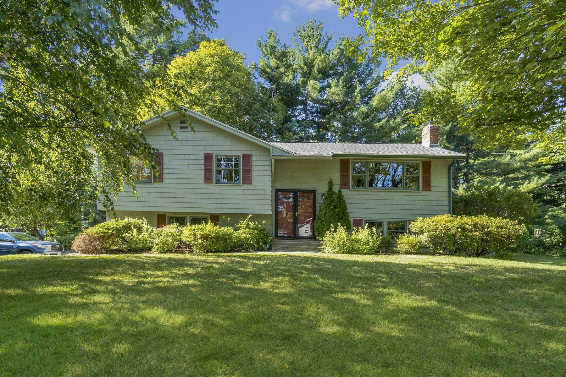 Single Family Homes por un Venta en 2 Simon Willard Road Acton, Massachusetts 01720 Estados Unidos