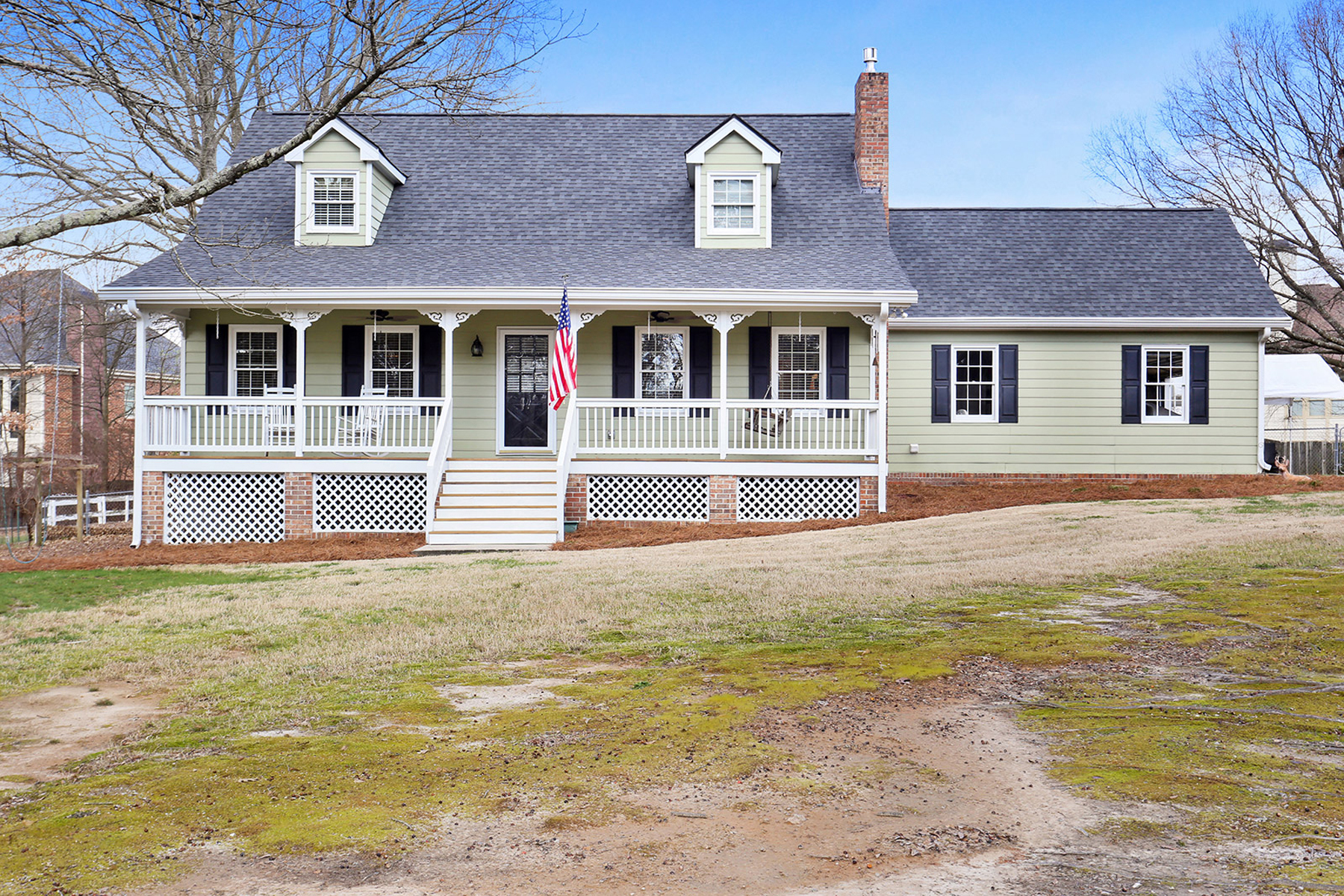 Single Family Homes for Active at Charming Cape Cod 905 Hillside Drive Grayson, Georgia 30017 United States