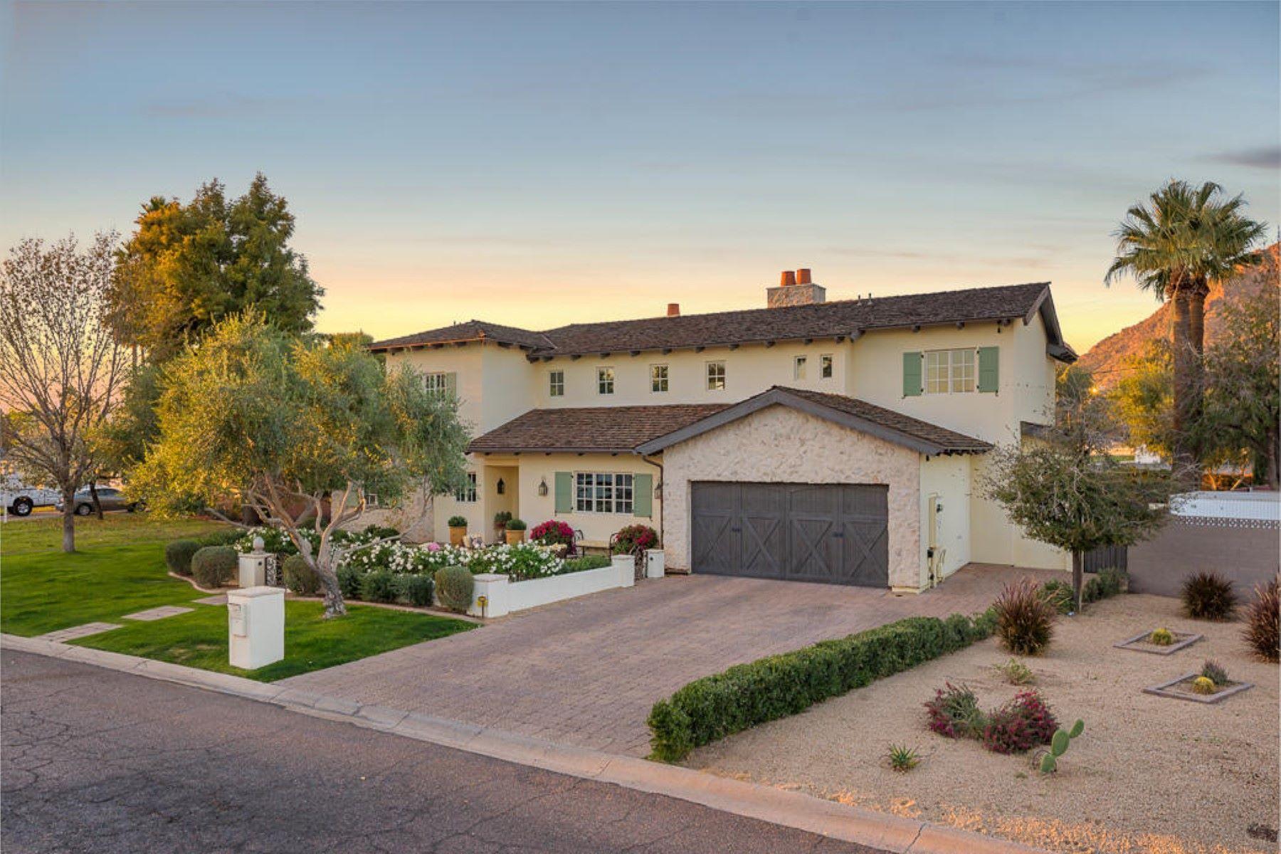 واحد منزل الأسرة للـ Sale في Fabulous Arcadia Family Home 5628 E MONTEROSA ST, Phoenix, Arizona, 85018 United States