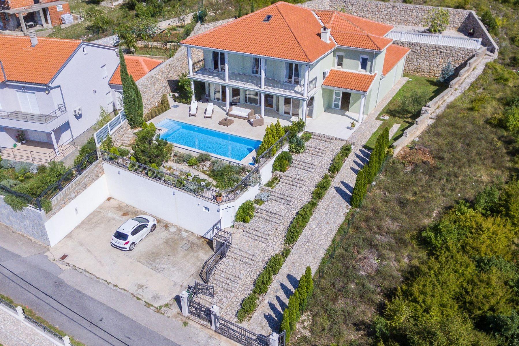 واحد منزل الأسرة للـ Sale في Villa Milla Other Primorje Gorski, Primorje Gorski, 51260 Croatia