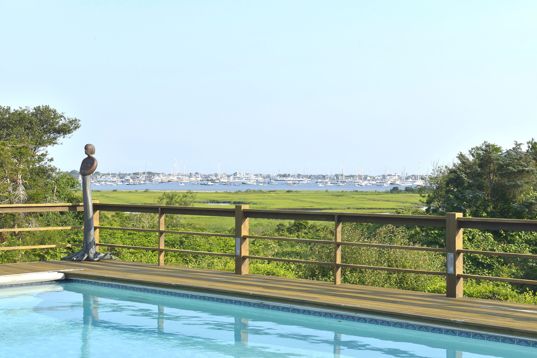Villa per Vendita alle ore Spectacular Harbor Vistas! 12 Monomoy Road Nantucket, Massachusetts, 02554 Stati Uniti