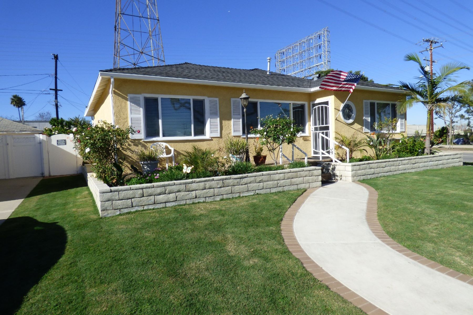 Single Family Home for Sale at 3511 Gibson Pl 3511 Gibson Pl Redondo Beach, California 90278 United States