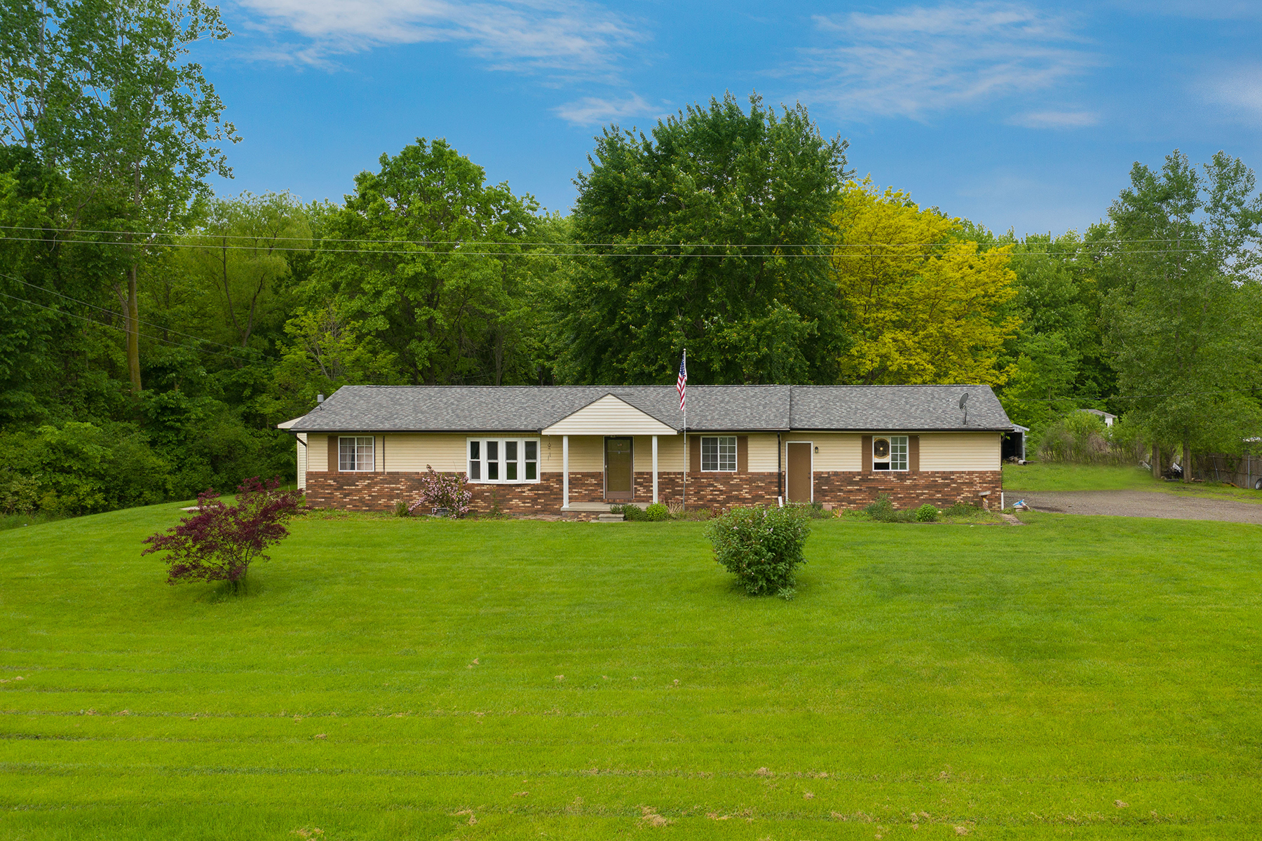 Single Family Homes for Sale at Cottrellville Township 6630 Starville Road Cottrellville Township, Michigan 48039 United States