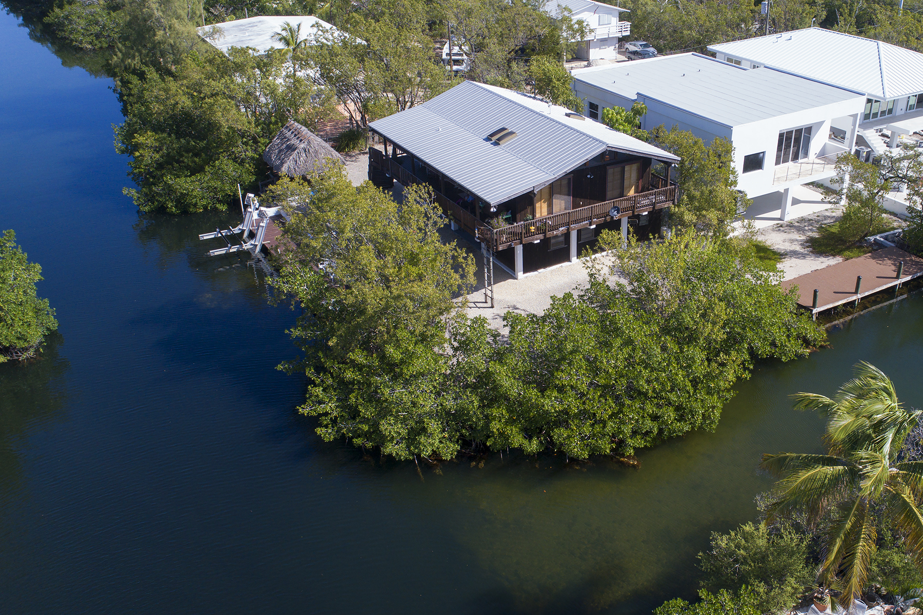 Single Family Home for Sale at Tranquil Island Living 833 Spoonbill Lane Key Largo, Florida, 33037 United States