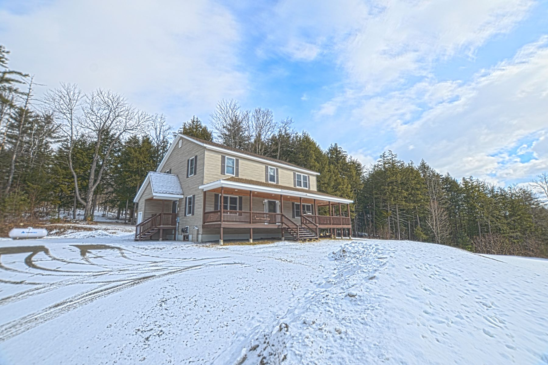 Single Family Home for Sale at 1024 Rowell Brook Road, Bradford 1024 Rowell Brook Rd Bradford, Vermont 05033 United States