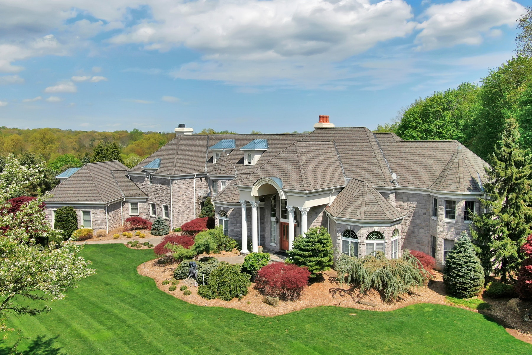 Single Family Home for Sale at Stone Manor Estate 206 Stokes Farm Road, Franklin Lakes, New Jersey 07417 United States