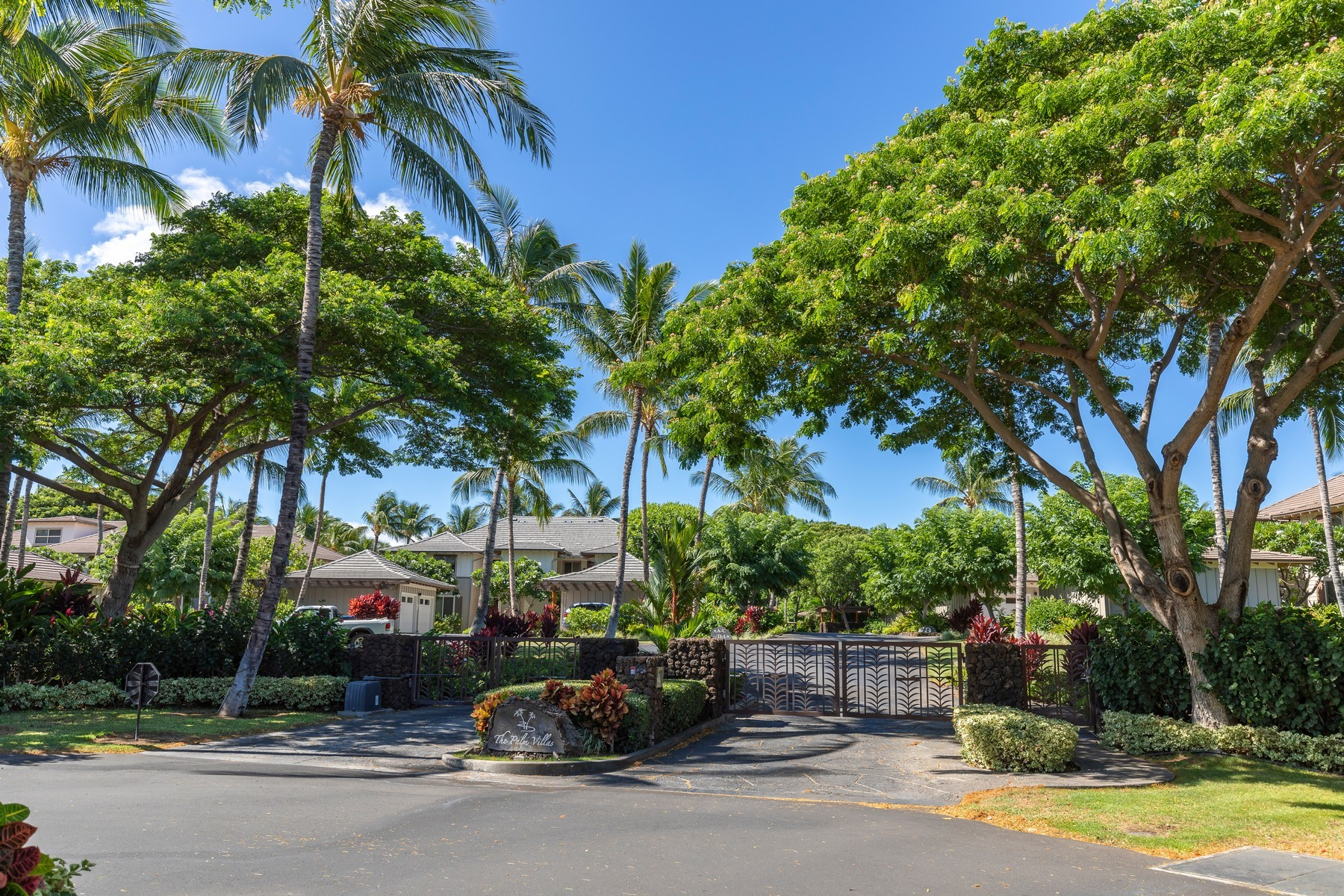 Condominium for Active at Mauna Lani Resort 68-1376 Pauoa Rd #E-1 Waimea, Hawaii 96743 United States
