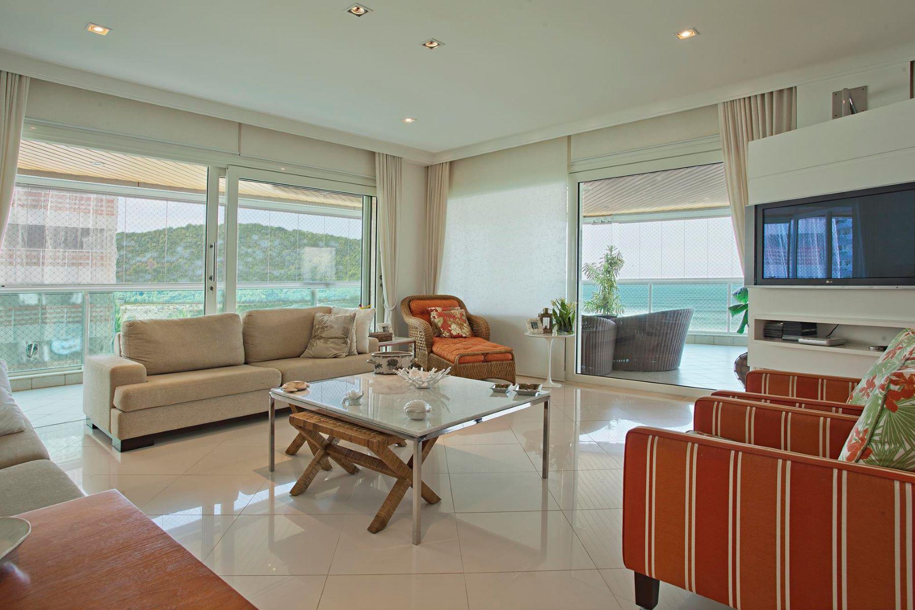 Tek Ailelik Ev için Satış at Balcony Surrounded by the Sea Alameda Juruá Bertioga, Sao Paulo, 11250-000 Brezilya