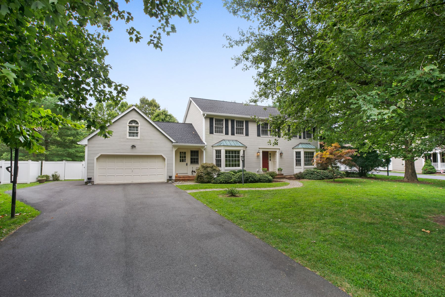 Single Family Homes for Sale at Classic Center Hall Colonial 29 Devonshire Lane Mendham, New Jersey 07945 United States