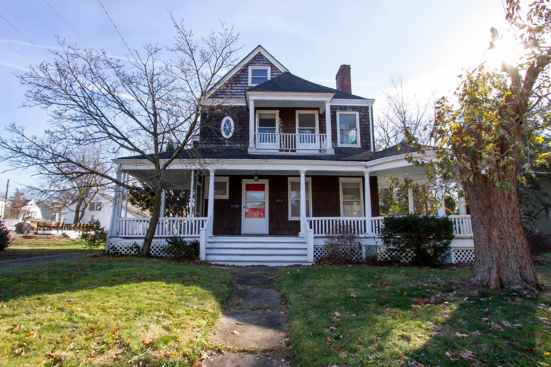 Single Family Homes por un Venta en Grand Victorian! 412 River Rd Fair Haven, Nueva Jersey 07704 Estados Unidos