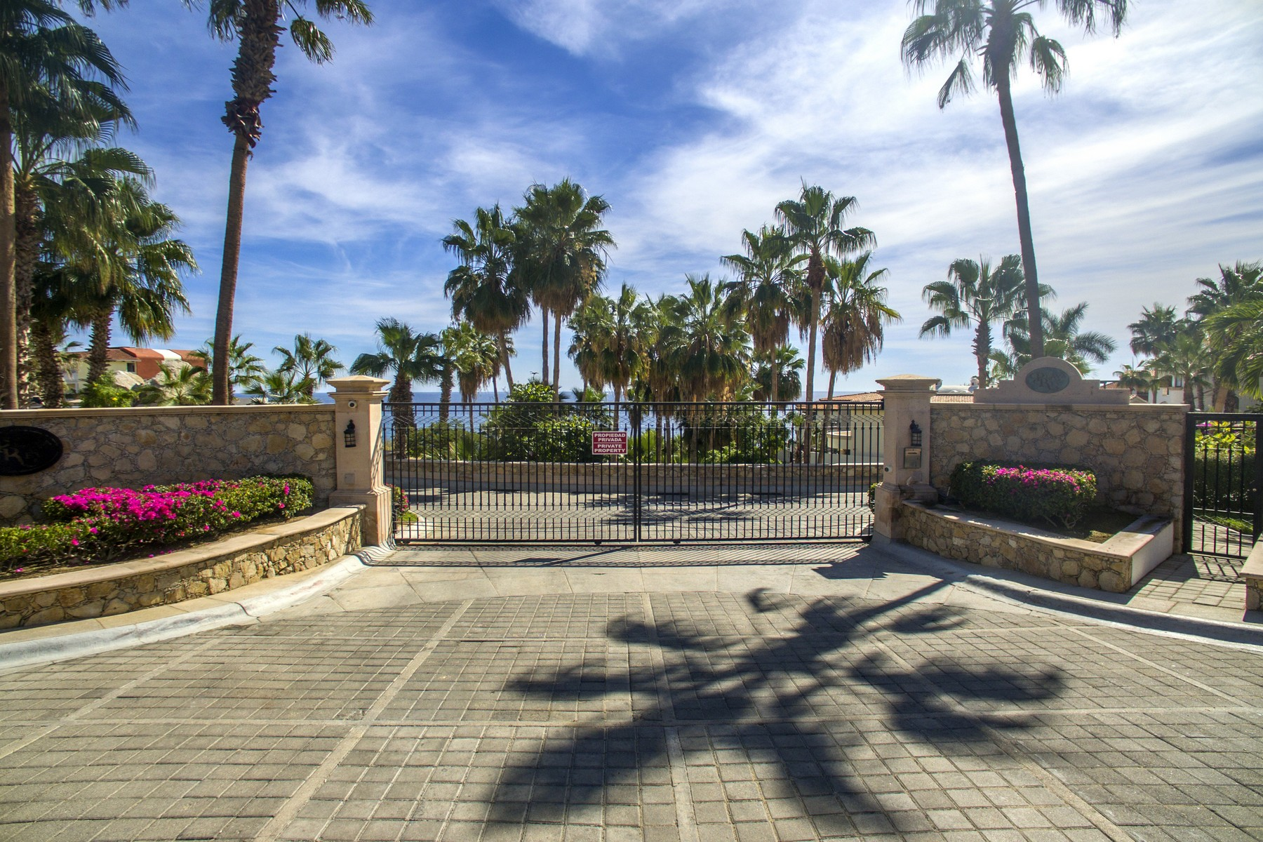 Additional photo for property listing at Lot 02 Playa Del Rey Lot 02 Playa Del Rey Cabo Bello Cabo San Lucas, Baja California Sur 23455 Mexico