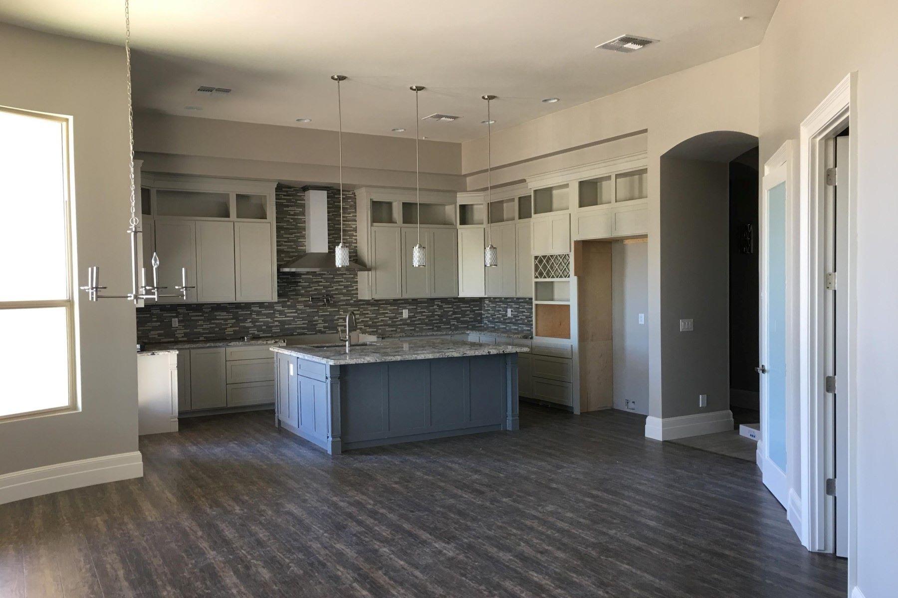 Einfamilienhaus für Verkauf beim One of a kind 2017 custom private one story home 7125 E Davis Rd Scottsdale, Arizona, 85266 Vereinigte Staaten