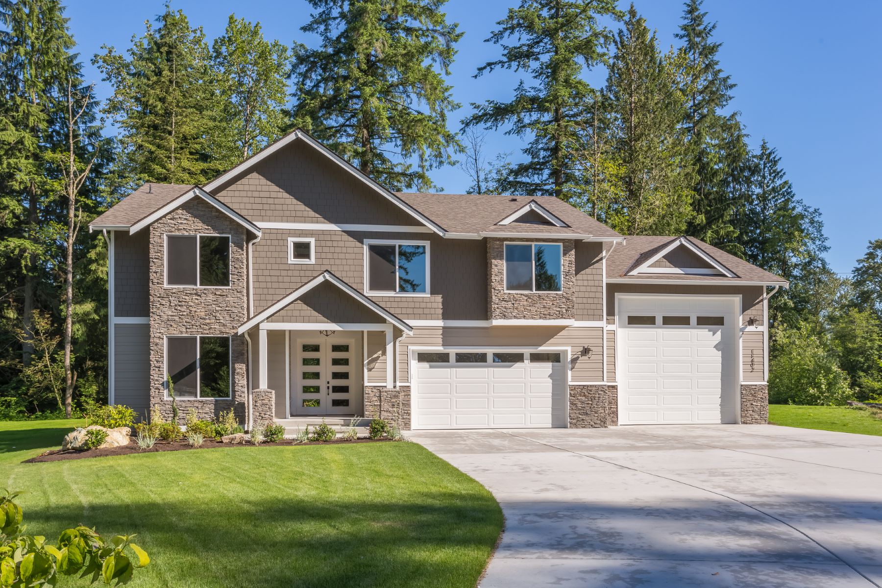 Single Family Home for Sale at Exquisite Echo Lake Living 11402 207th St SE (Lot 8) Snohomish, Washington 98296 United States