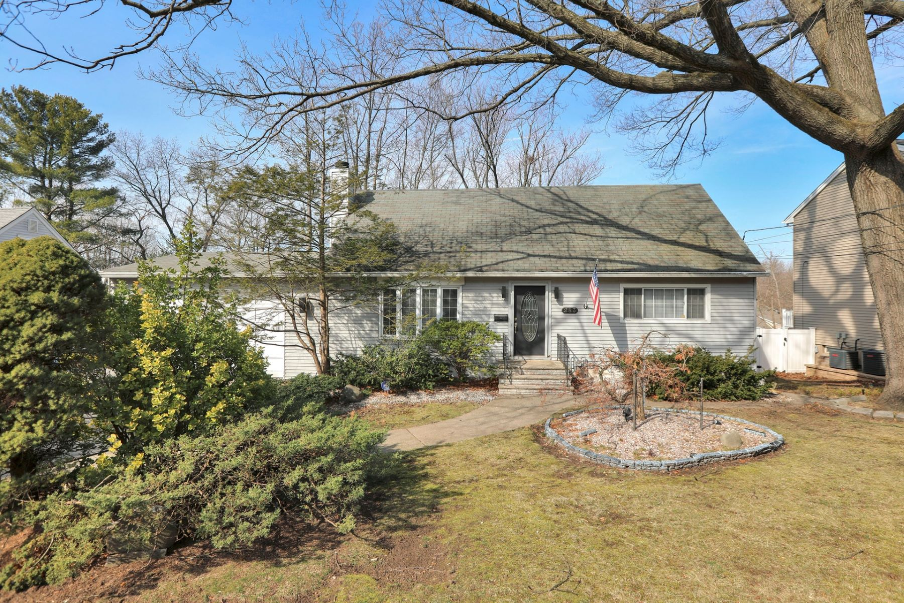 Single Family Homes for Active at Endless Possibilities 283 Wedgewood Dr Paramus, New Jersey 07652 United States