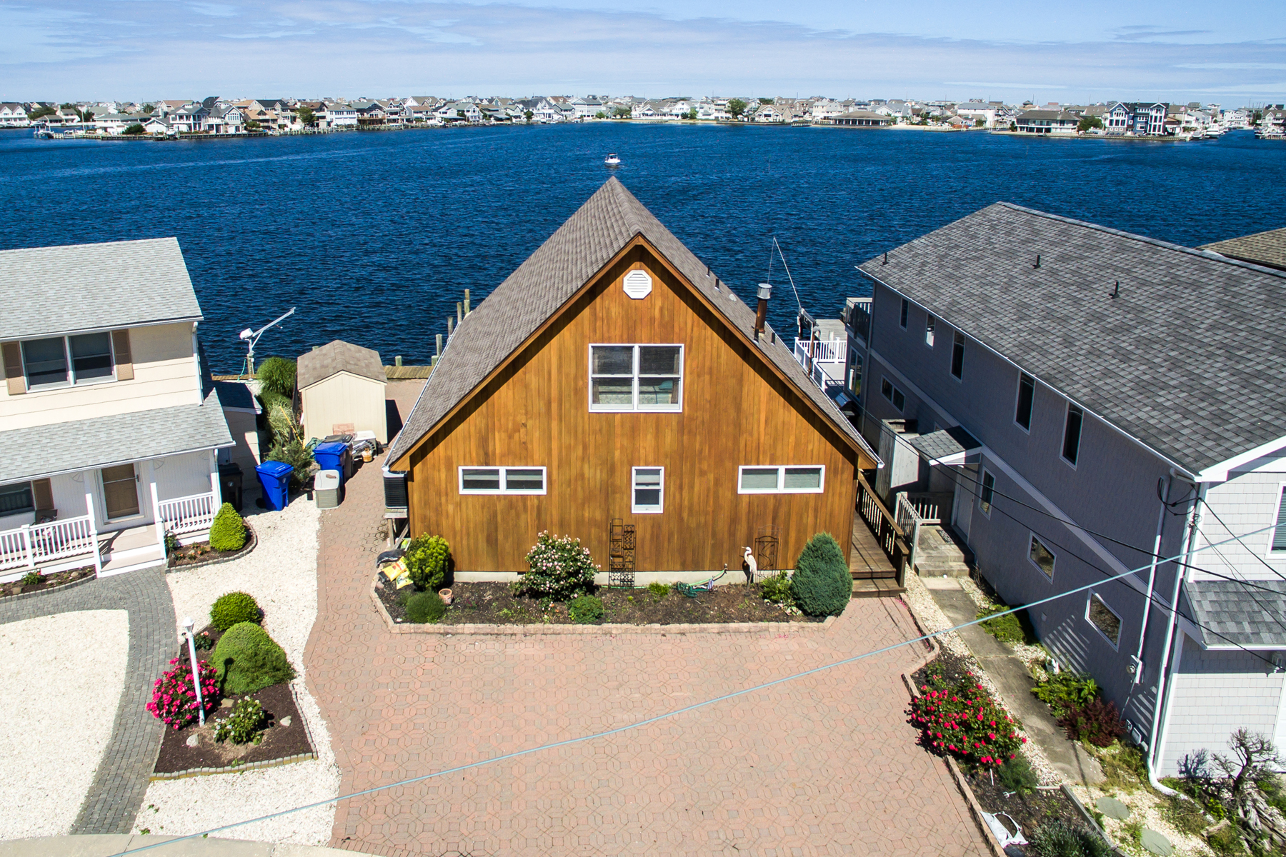 Maison unifamiliale pour l Vente à A-Frame Style Home With Panoramic Open Bay Views 468 Tamiami Drive Lavallette, New Jersey, 08735 États-Unis