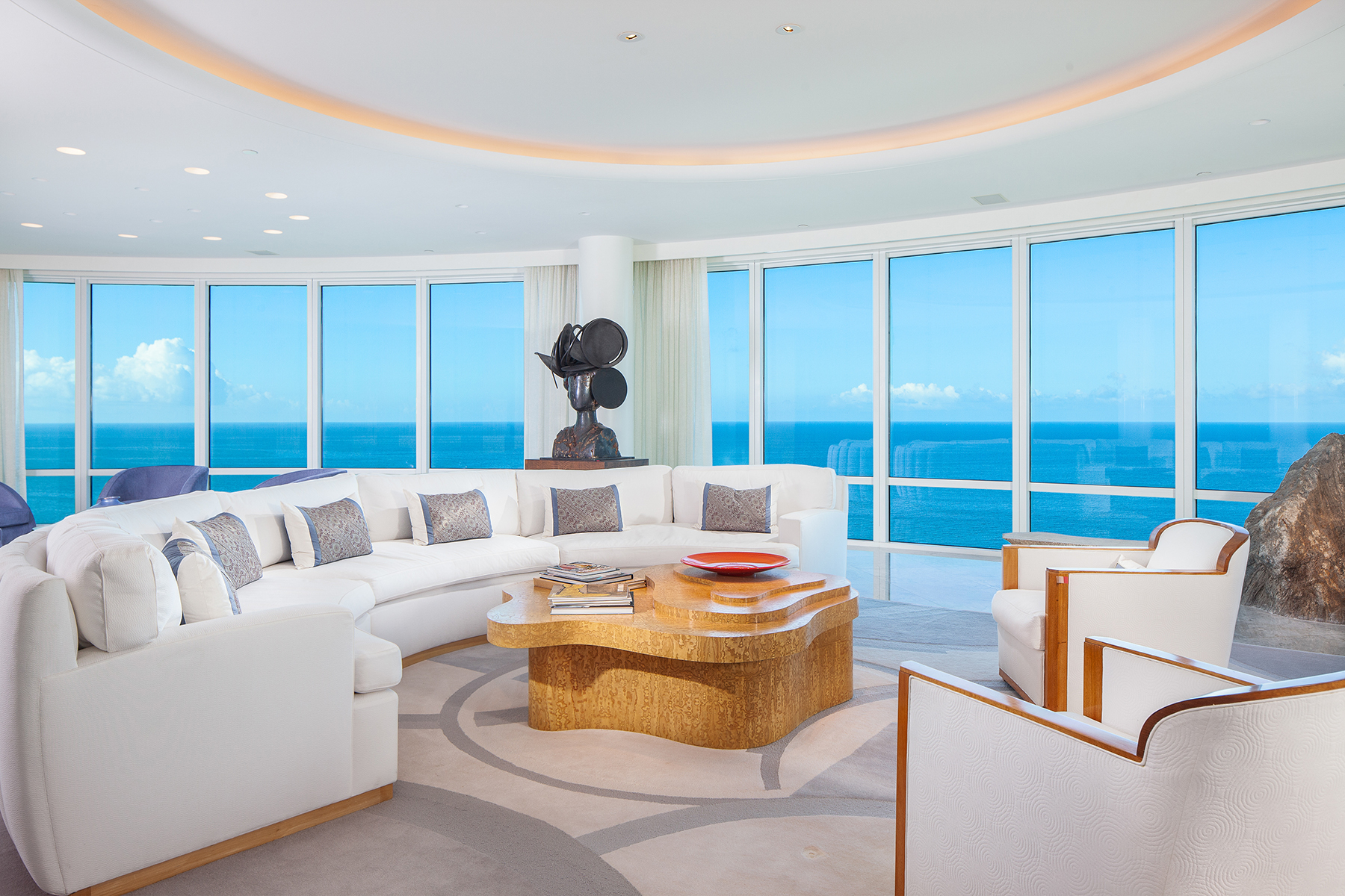 Condominiums for Sale at PARK SHORE - REGENT 4101 Gulf Shore Boulevard N , PH-4 Naples, Florida 34103 United States