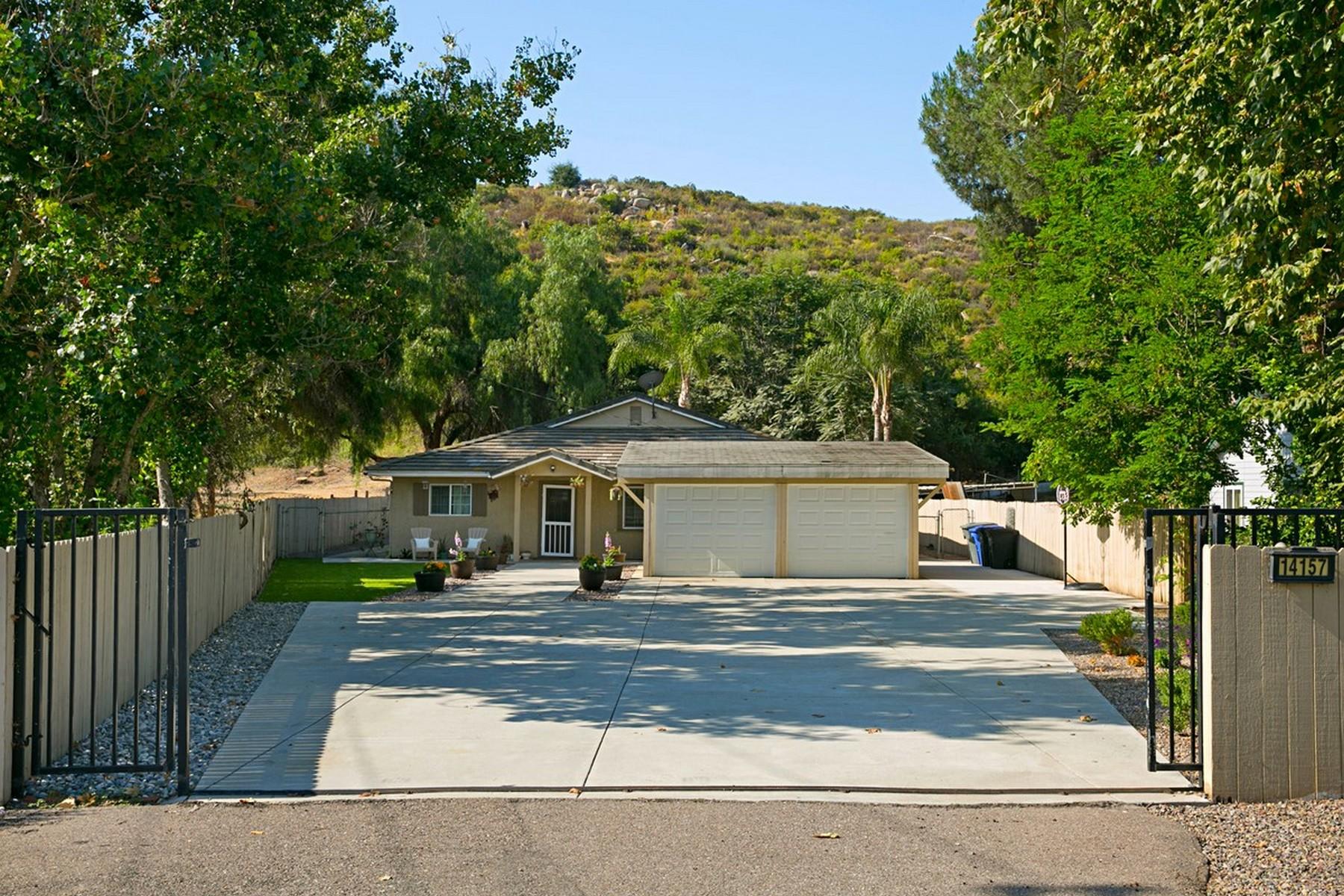 Single Family Home for Sale at 14157 Ezra Lane Poway, California, 92064 United States