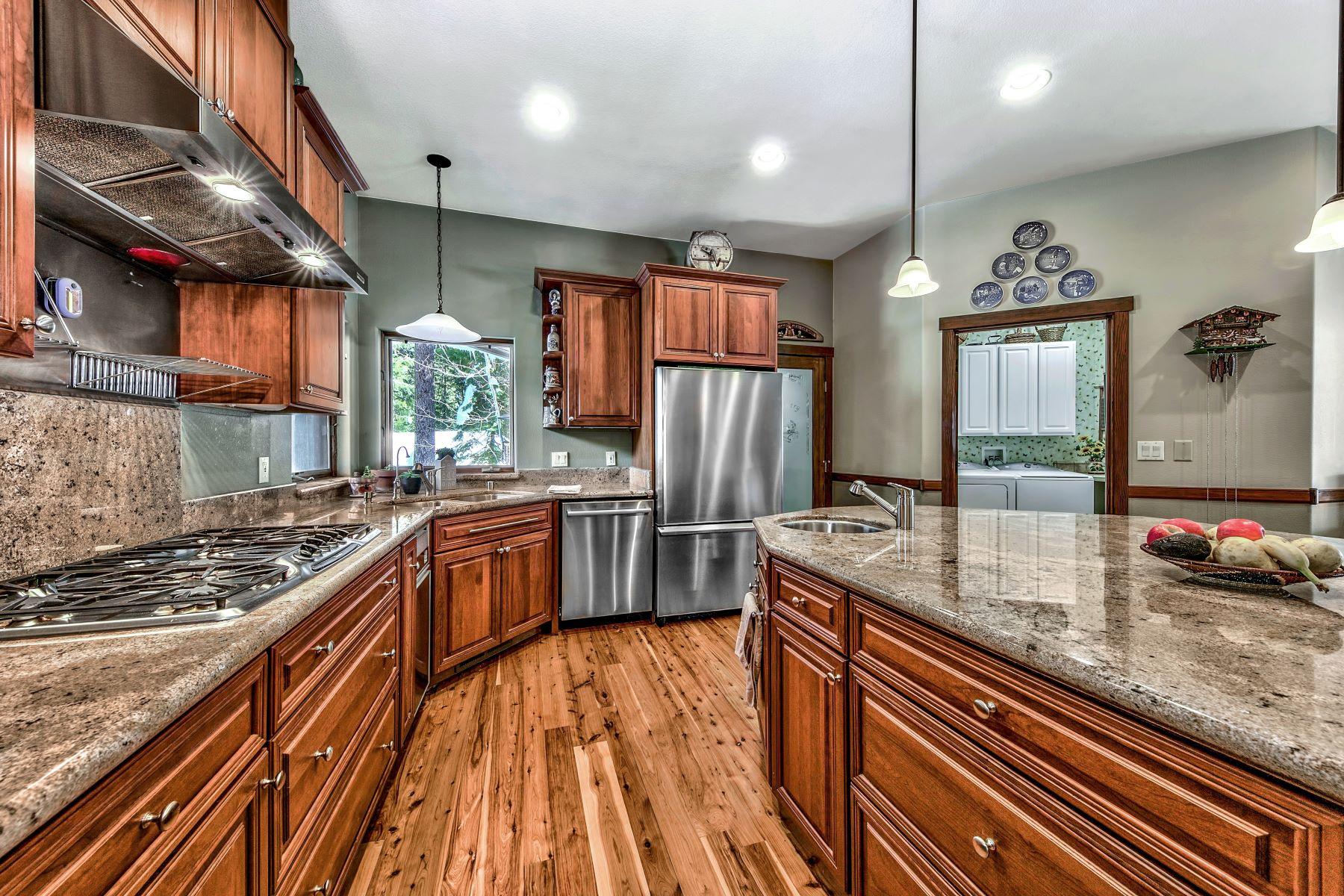 Additional photo for property listing at Custom Graeagle Home 31 Mohave Trail Graeagle, California 96103 United States