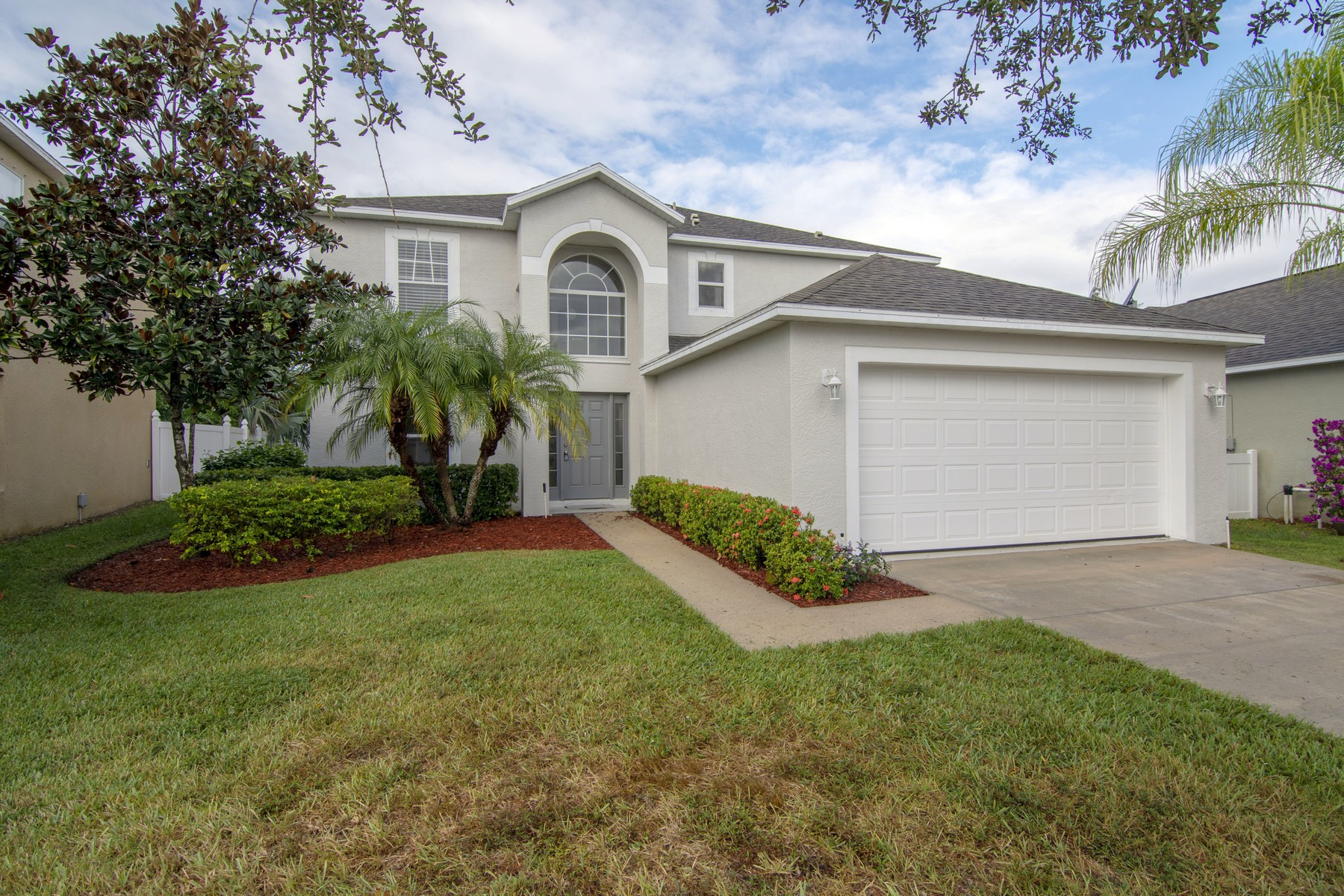 Single Family Home for Sale at Fantastic, Spacious Updated Four Bedroom Home Plus Den 185 Stony Point Drive Sebastian, Florida 32958 United States
