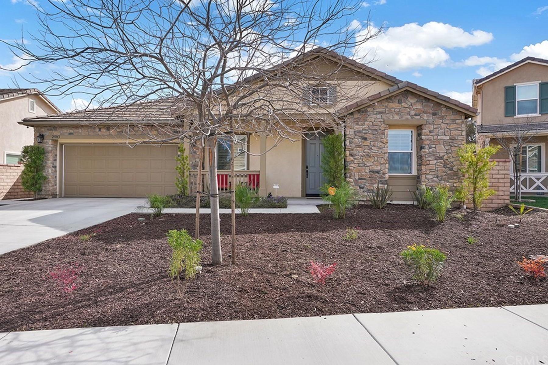 Single Family Homes para Venda às 25863 Prospector Court,, Menifee, Califórnia 92584 Estados Unidos