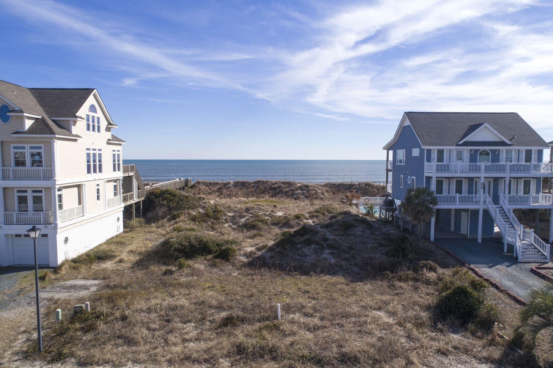 Земля для того Продажа на Oceanfront Lot in Dolphins Shores 32 Porpoise Place, N Topsail Beach, Северная Каролина, 28460 Соединенные Штаты