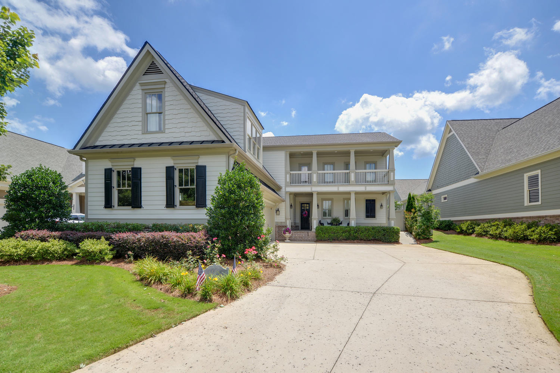 واحد منزل الأسرة للـ Sale في Courtyard Style Home In The Georgia Club With Pool On Oconee County Section 1464 Greenleffe Drive Statham, Georgia, 30666 United States
