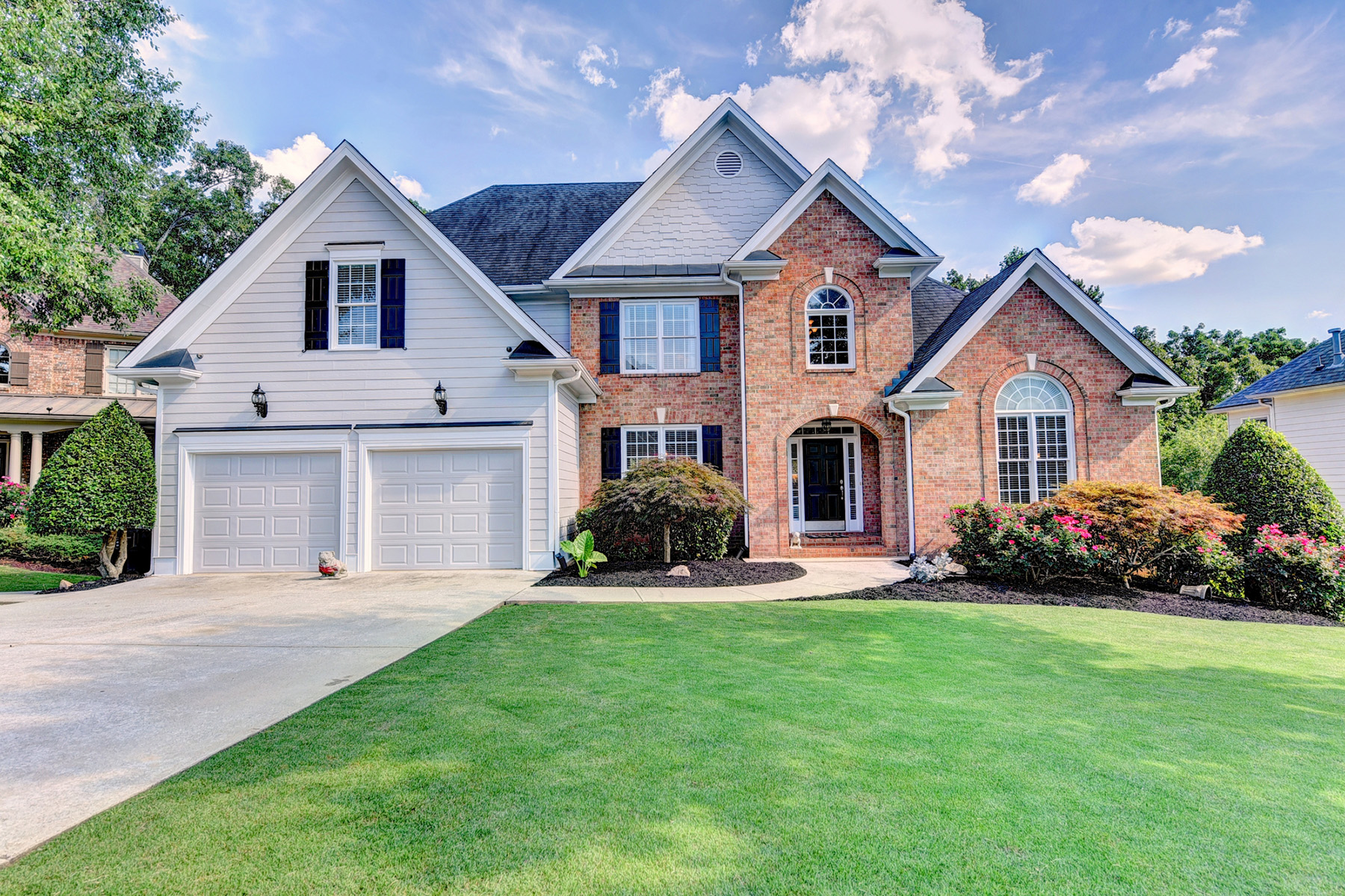 Single Family Homes for Active at An Entertainer's Dream In Hamilton Mill 3910 Lantern Hill Drive Dacula, Georgia 30019 United States