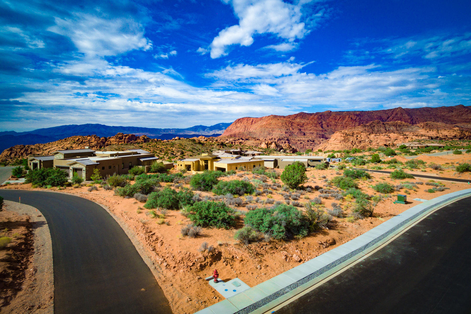Additional photo for property listing at Quiet Destination with Spectacular Snow Canyon Views Petroglyph Dr Lot 13 St. George, Юта 84770 Соединенные Штаты