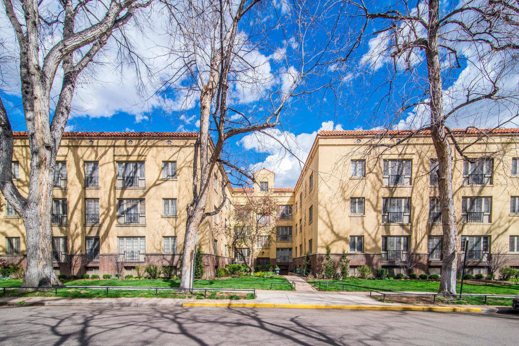 Property для того Продажа на Published in 5280 Home Magazine! 1515 E 9th Avenue Unit #312, Denver, Колорадо 80218 Соединенные Штаты