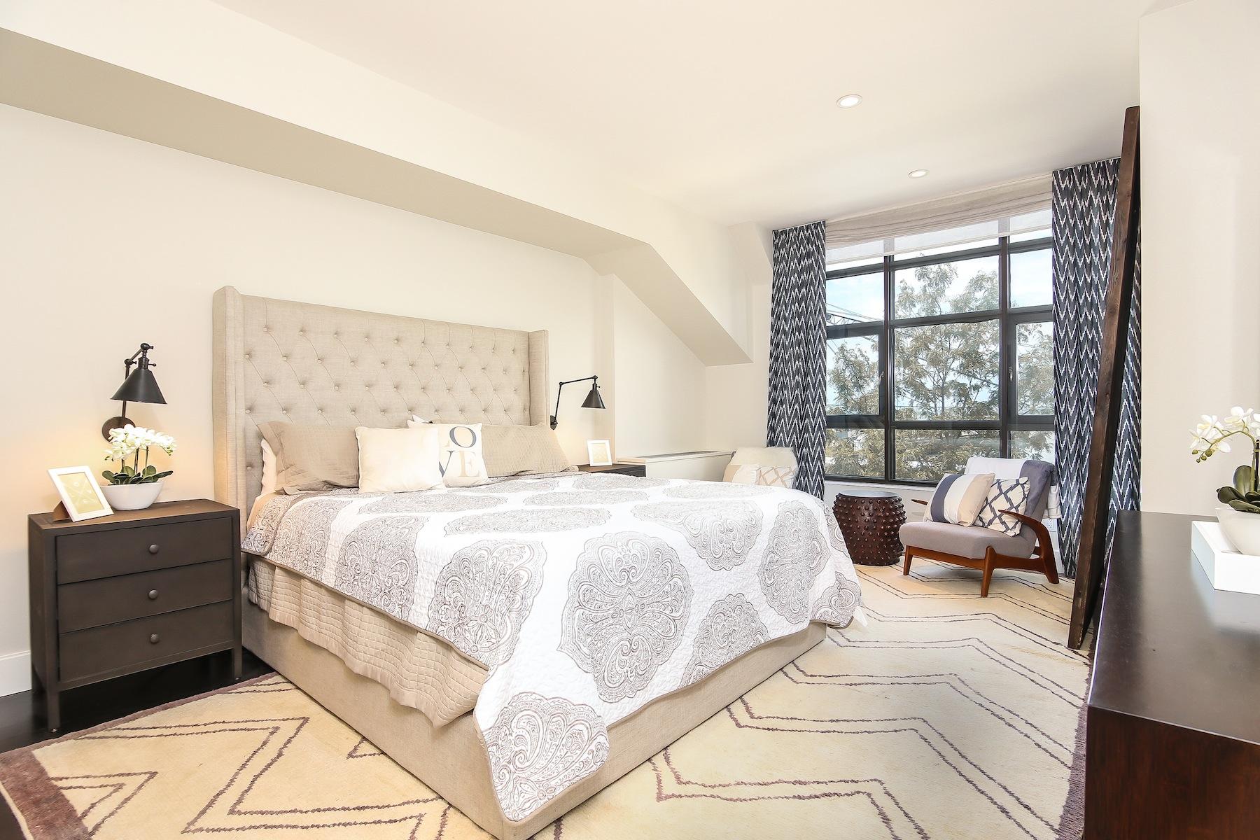 Additional photo for property listing at One Brooklyn Bridge 360 Furman Street Brooklyn, Nueva York 11201 Estados Unidos