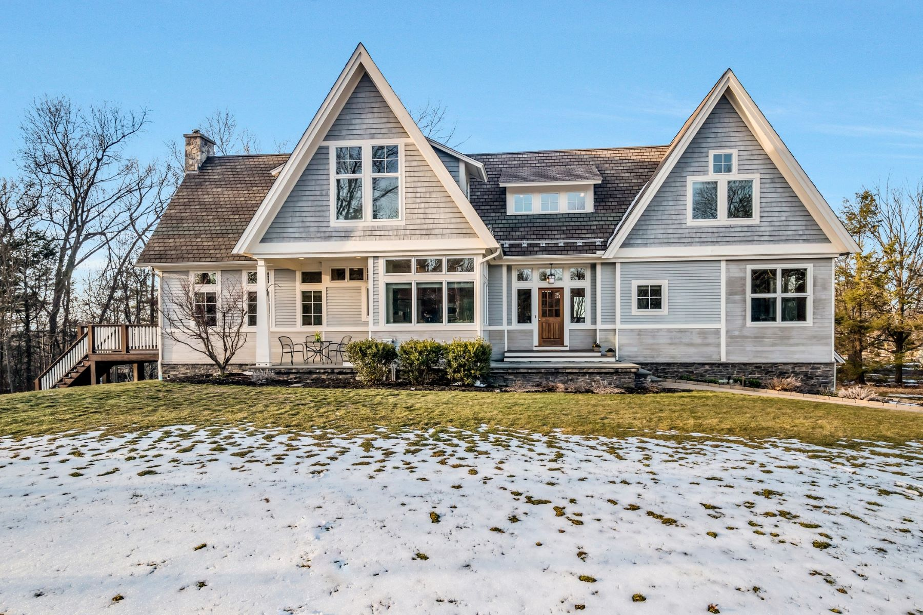 Villa per Vendita alle ore Contemporary Shingle Style 1 Beaver Dam Rd Westford, Massachusetts, 01886 Stati Uniti
