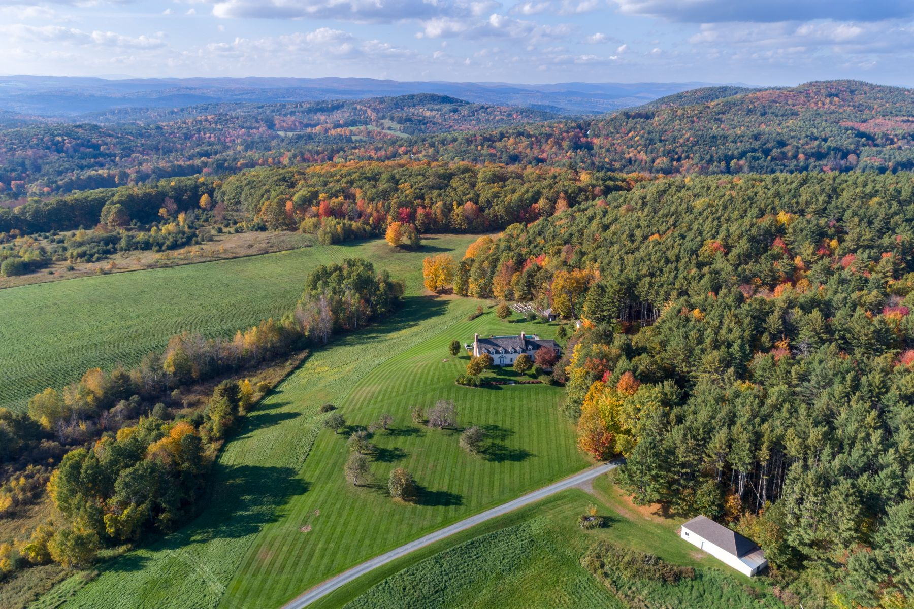 Single Family Home for Sale at Mountaintop Serenity 16 Chandler Rd Hanover, New Hampshire 03755 United States