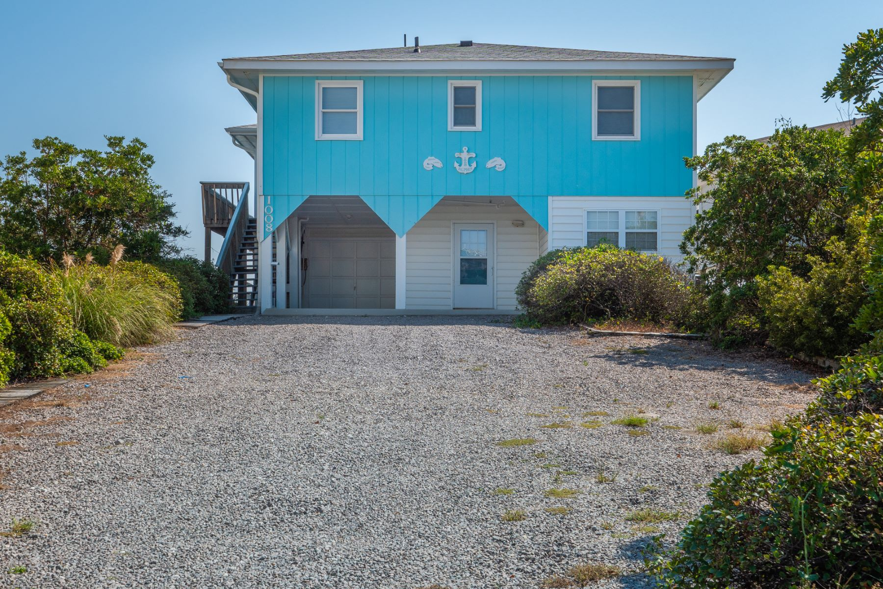 Single Family Homes for Active at Classic Topsail Beach Home 1008 S Shore Dr Surf City, North Carolina 28445 United States