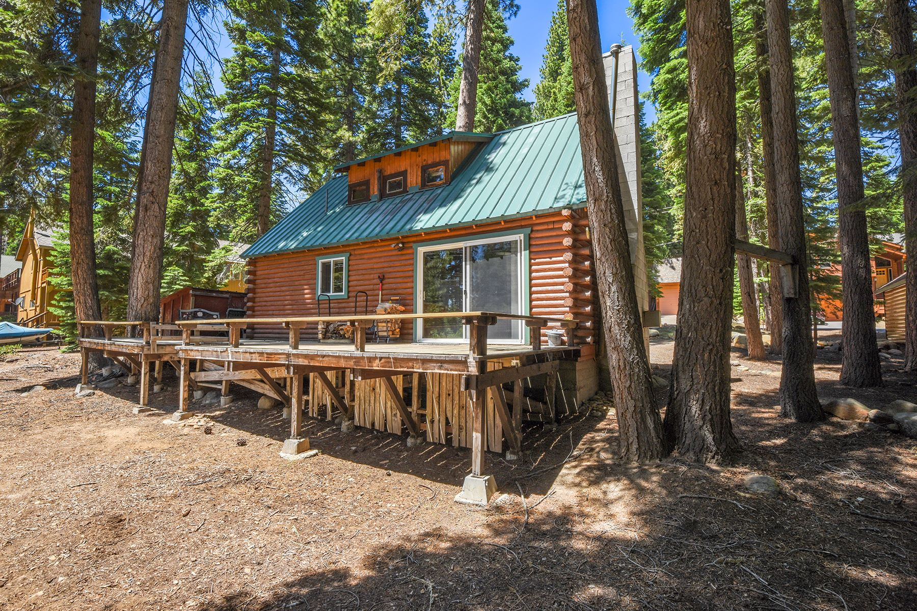 Additional photo for property listing at 6598 Wildwood Rd., Tahoe Vista, Ca 96148 6598 Wildwood Rd. Tahoe Vista, California 96148 United States