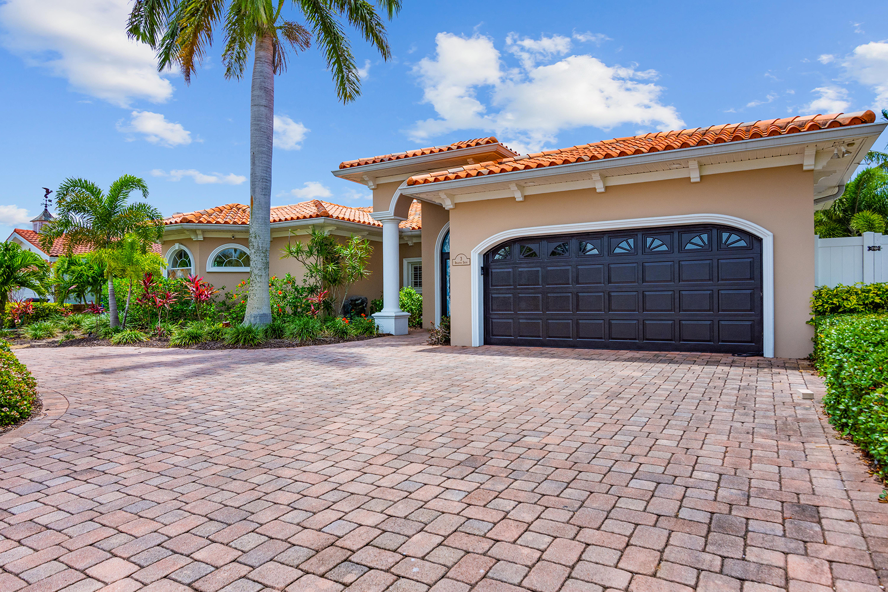 Single Family Homes for Sale at 3 Bellevue Dr Treasure Island, Florida 33706 United States