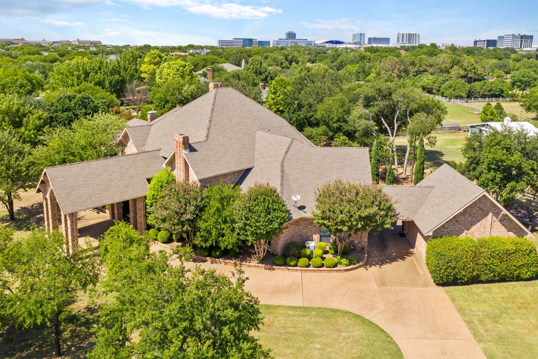 Single Family Homes for Active at Frisco's Best Kept Secret !! 21 Stonebriar Way Frisco, Texas 75034 United States