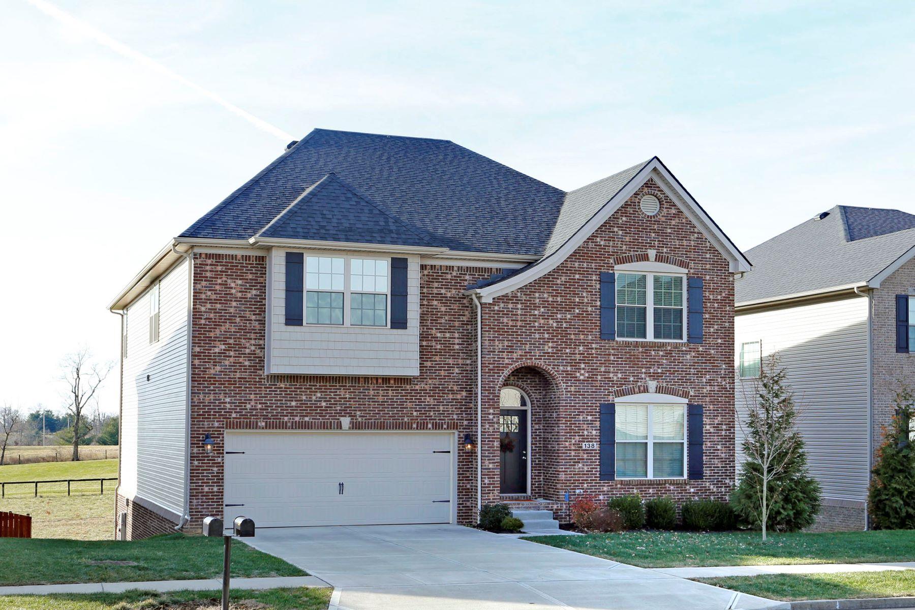 Single Family Homes 为 销售 在 138 Mollie Way 乔治城, 肯塔基州 40324 美国