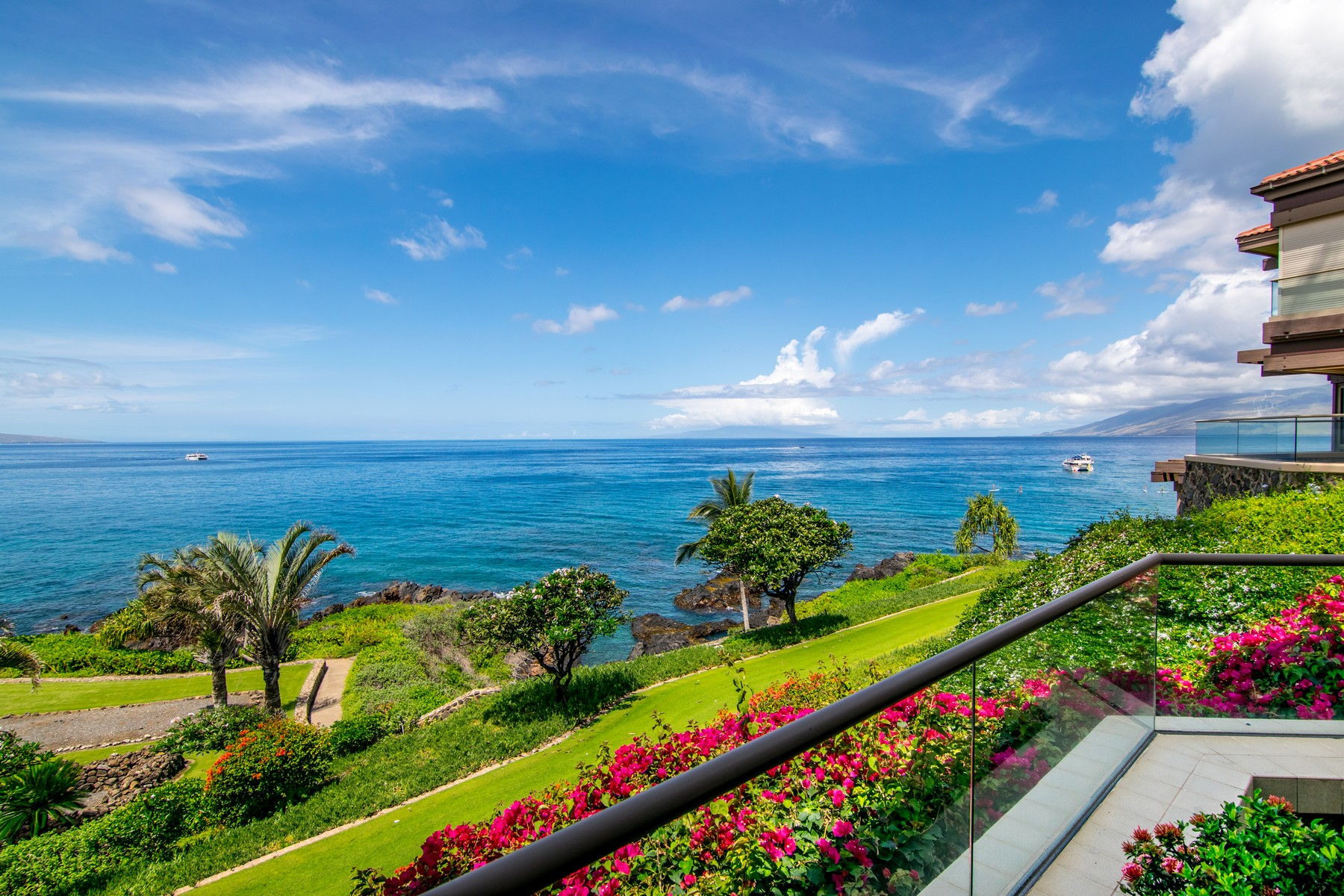 共管式独立产权公寓 为 销售 在 Wailea Point 1401_ The Premiere location within this prestigious community 4000 Wailea Alanui Dr Unit 1401 基黑, 夏威夷 96753 美国