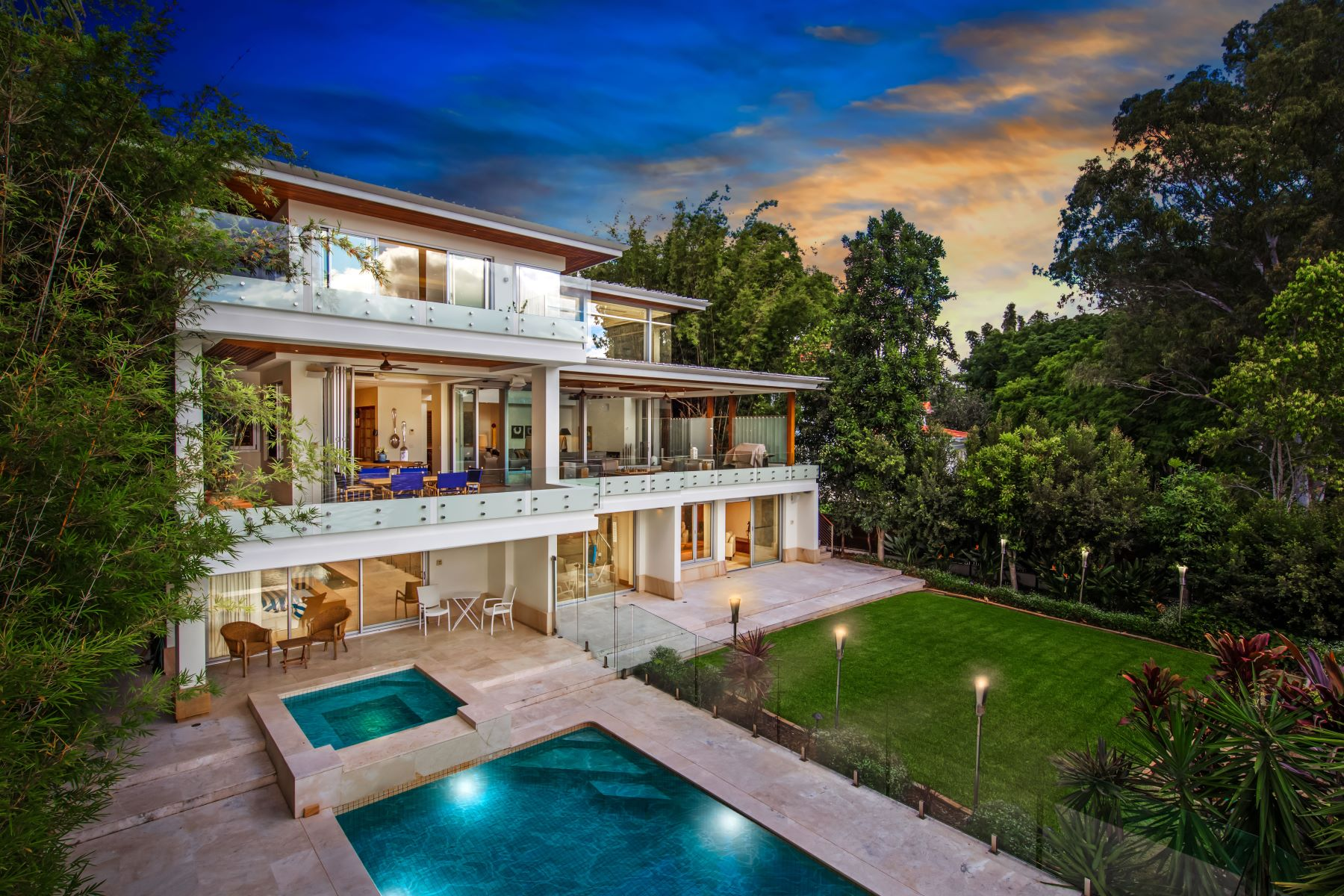 獨棟家庭住宅 為 出售 在 Longman Terrace 47 Longman Terrace Brisbane, Queensland, 4068 澳大利亞