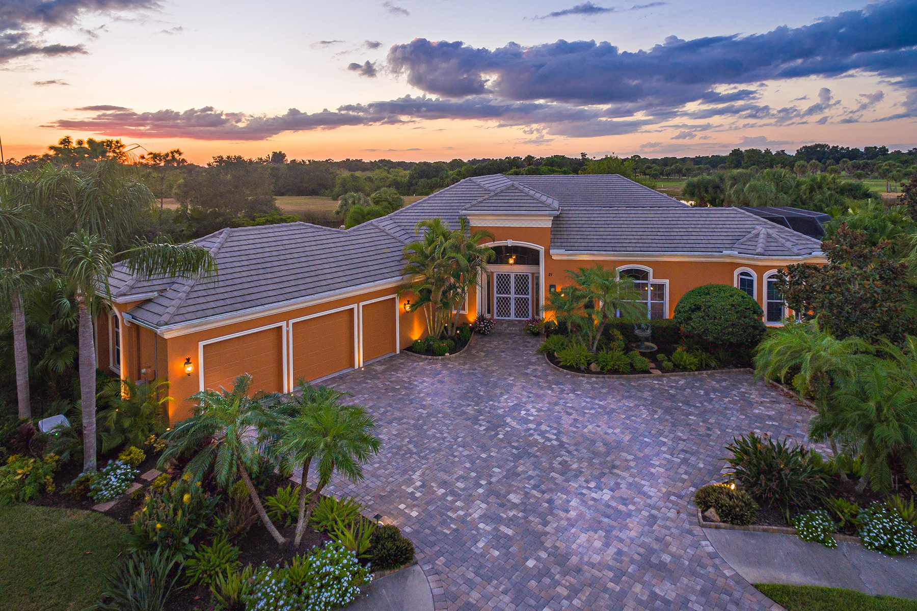 Single Family Homes por un Venta en BOCA ROYALE 21 Carisa Royale Ct, Englewood, Florida 34223 Estados Unidos