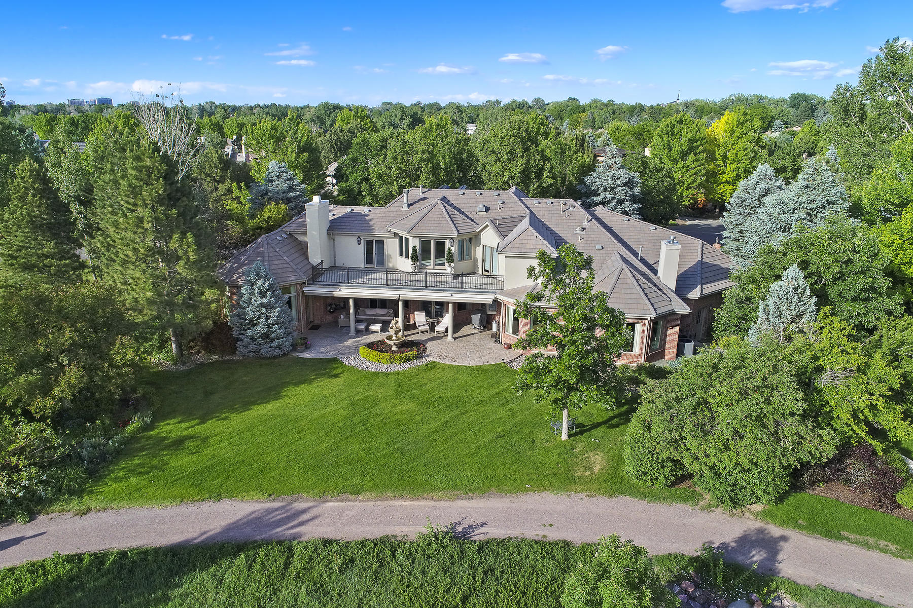Single Family Homes для того Продажа на Amazing Mountain and Lake Views 13 Buell Mansion Parkway, Cherry Hills Village, Колорадо 80113 Соединенные Штаты