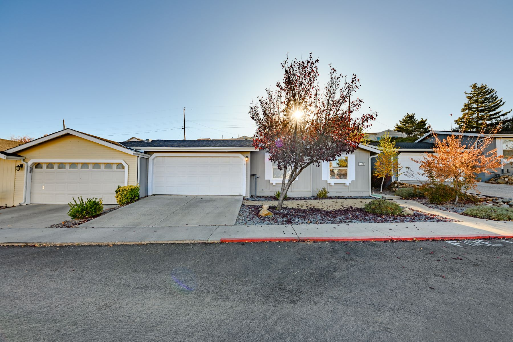 Single Family Homes 为 销售 在 7671 Diamond Pointe Way, Reno 7671 Diamond Pointe Way 里诺, 内华达州 89506 美国